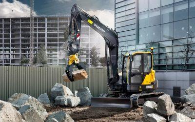 New 9 tonne swing shovel for EMS